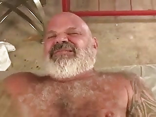 young guy fucks hairy daddy bear 22:07 2020-04-13