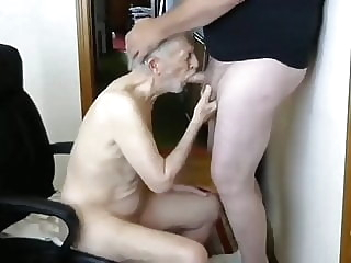 26margate skinny old Grandpa is a skilled cocksucker dad 12:51 2020-04-10