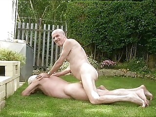 grandpa lets fuck bareback (gay) big cock (gay) blowjob (gay)