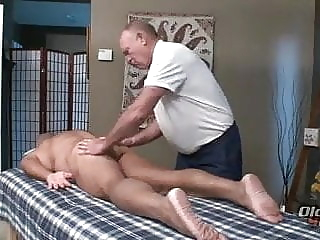 massage two older man amateur (gay) bareback (gay) blowjob (gay)