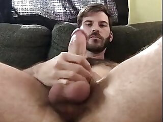 hot hairy daddy loves to wank and show off amateur daddy hunk