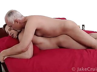Jake Cruise and Brendan Cage (BB P1) bareback daddy muscle